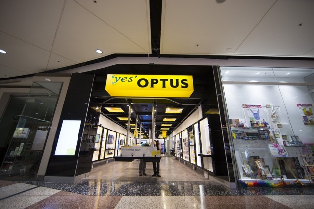 Entry to the new Optus Hornsby store