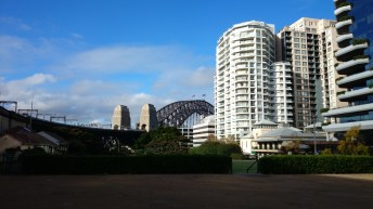 Milsons Point, reverse