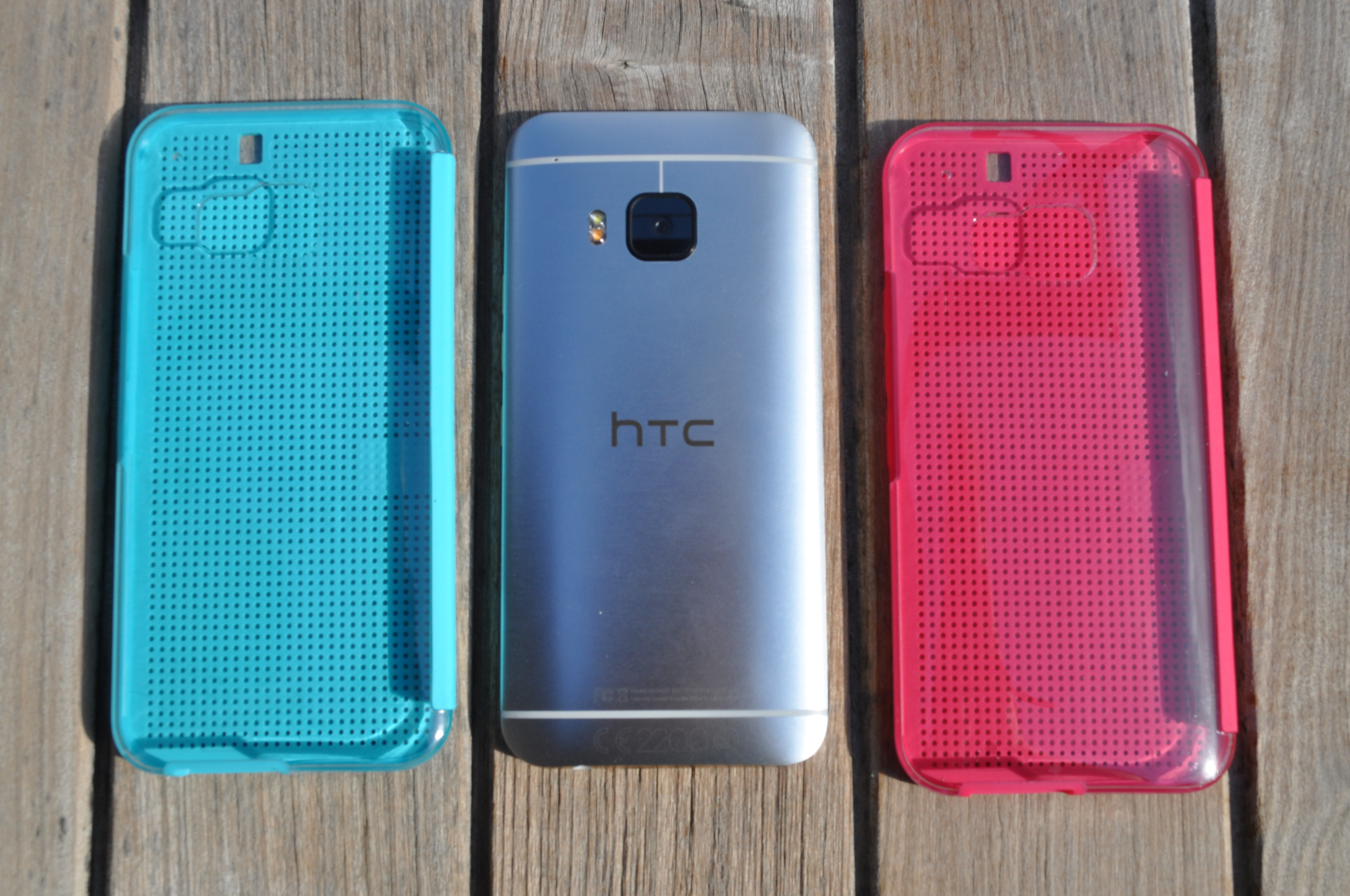 HTC One M9 - Dot View Case with Clear back
