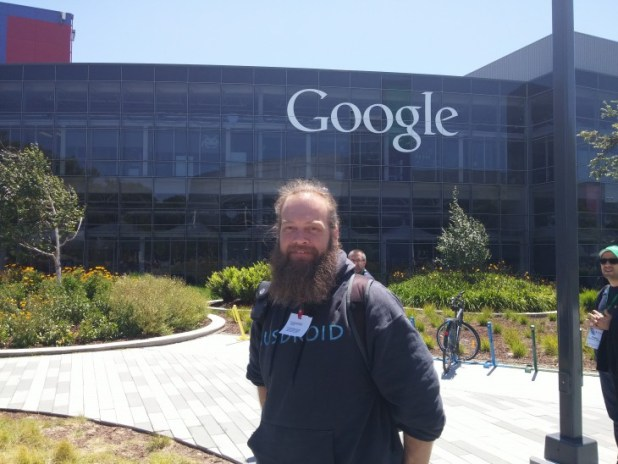 At Work In Googleplex What Amazing >> The Googleplex Really Is One Of The Most Fun Places To Work Ausdroid