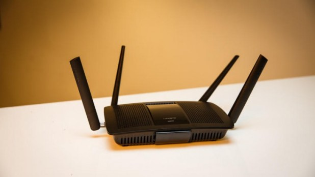 linksys-ea8500-router-5703-001