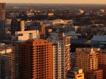 htc-u11-cityscape-100crop