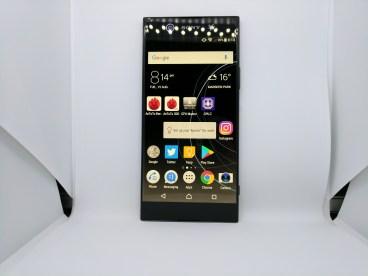 Sony Xperia XA1 Ultra - Front