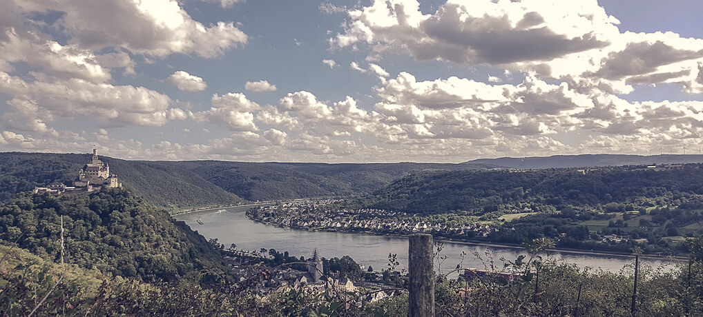 Das Mittelrheintal bei Braubach