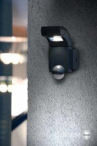 OSRAM Noxlite Spot LED Außenlampe mit Bewegungsmelder und Dämmerungssensor