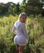 iskra-lawrence-top-photos2