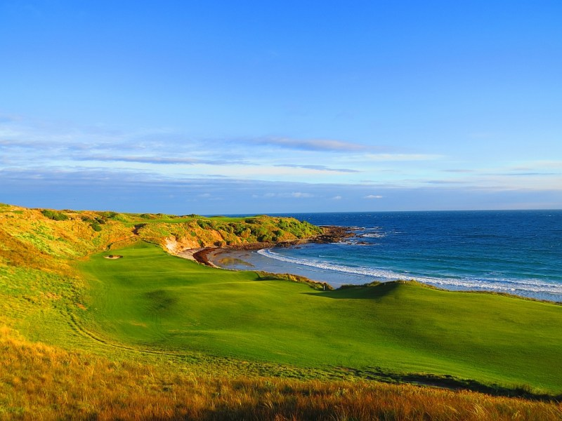 The 18th hole at Cape Wickham - the beach is very much in play. Source: capewickham.com.au