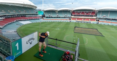 Adelaide Oval Stadium Golf tees off for another round
