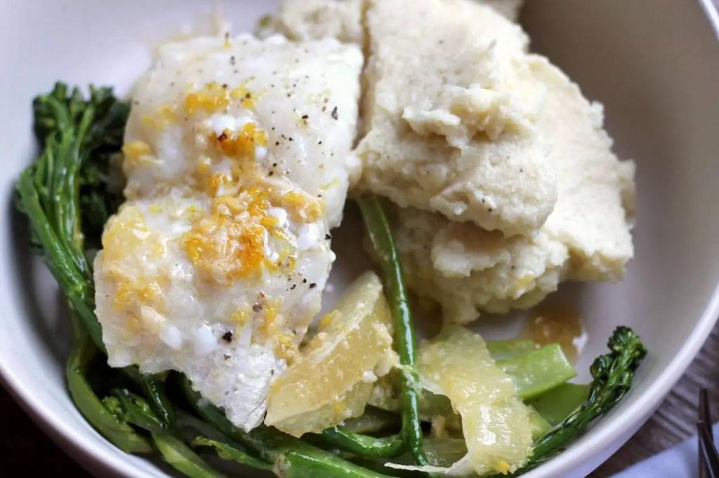 Keto baked fish with lemon butterKeto Roast Eggplant Salad (5)