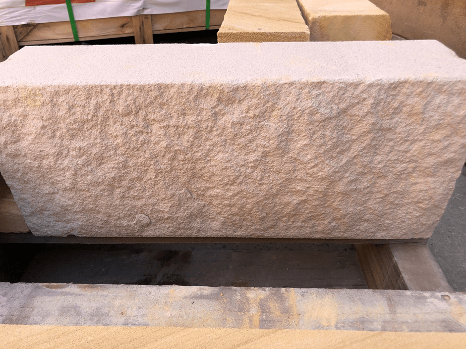 White split sandstone block product picture in Aussietecture Toowoomba factory