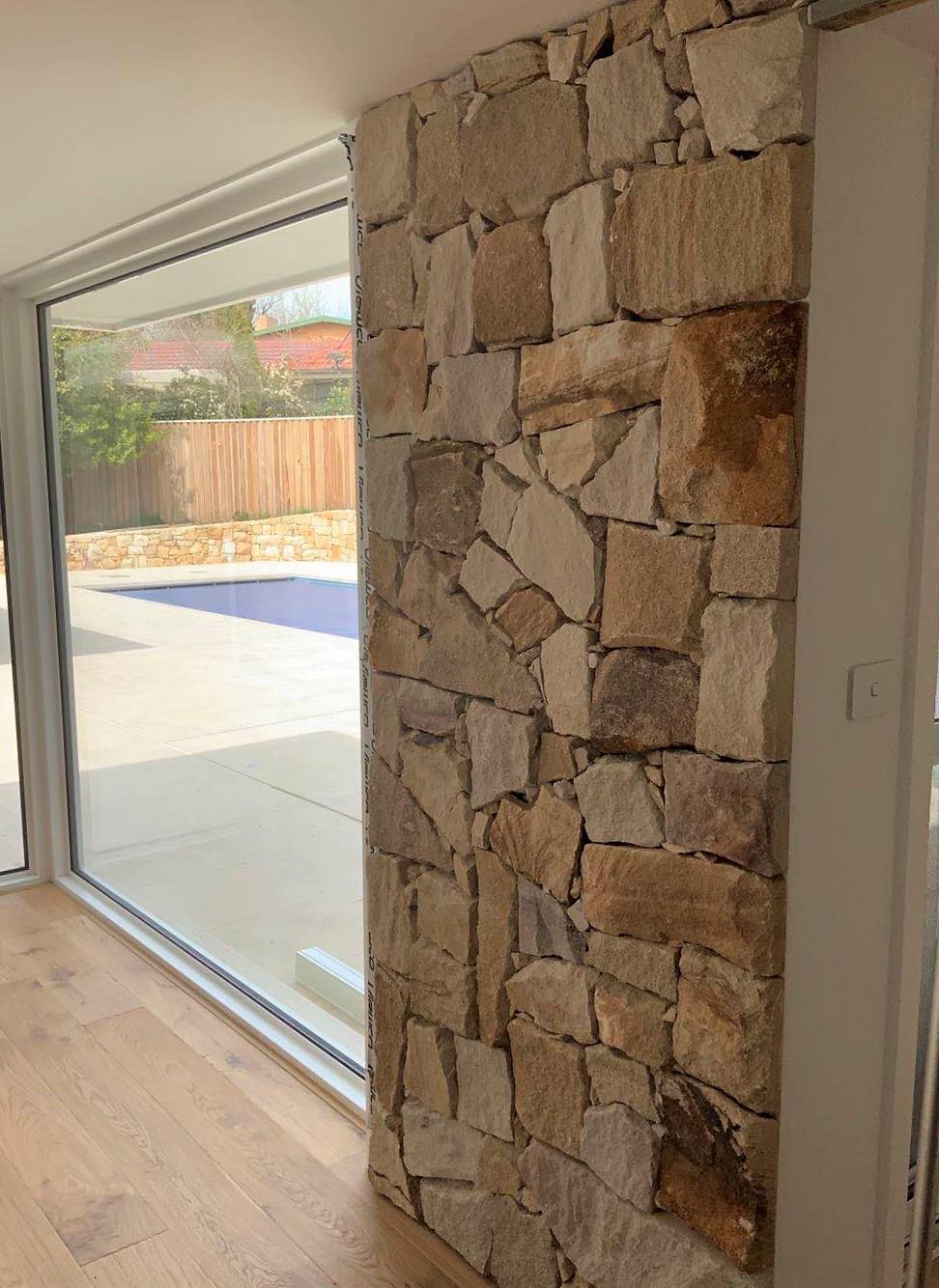 Ranch irregular walling - Australian sandstone cladding