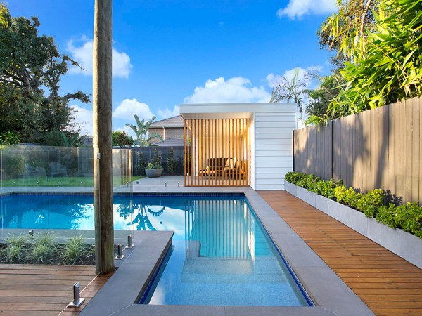 Iluka Sawn Bluestone paver in a house swimming pool floor