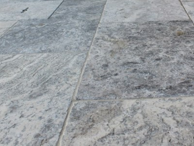Crazy paver Silverton Travertine tumbled paving stone