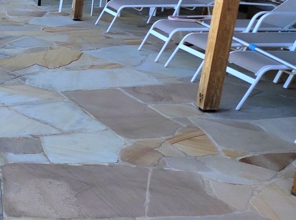 Natural Stone Crazy Pave - Ranch Sandstone Crazy Paving