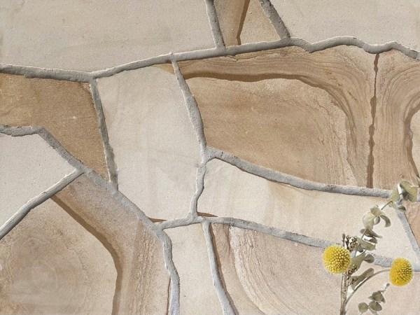 Ranch crazy paving sandstone
