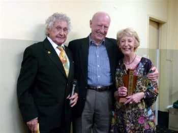 Don Reid (centre) with Lee Young and Judi Farr at the 2011 Gluggs Awards