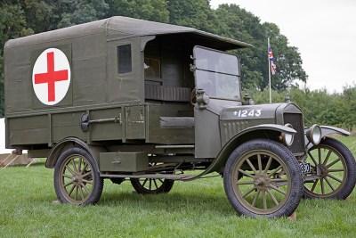 1916 canvas on wood frame model used exetnsively by the British & French as well as the American Expeditionary Force in The Great War. Top speed 45mph from a 4 cylinder water cooled engine