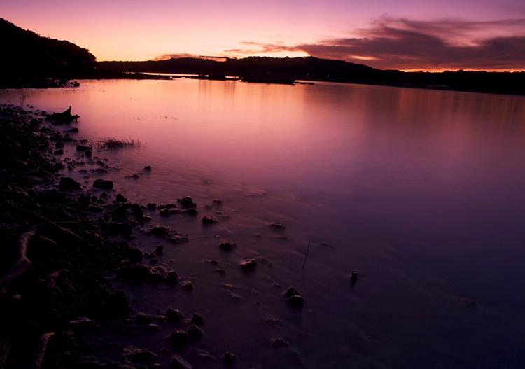 austin-texas-lake-travis-pink-orange-purple-violet-crown-sunset