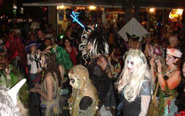 Here Are 10 Last Minute, Austin-Themed Halloween Costume Ideas