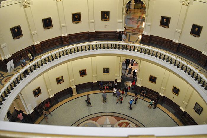 rotunda whispering gallery stairs staircase portraits