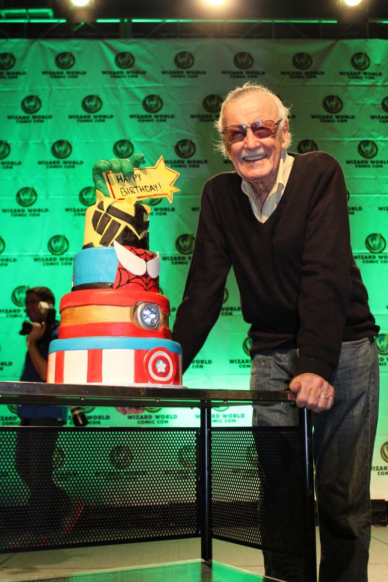 Stan Lee celebrating his birthday at Austin Comic Con