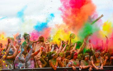 This Weekend's Color Run is the Next Best Thing to a 5K in Hawaii