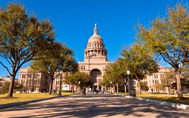 Love Austin, Adventure, And Art? Here's Your Sunday Funday Itinerary!
