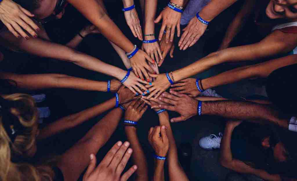 Although not all leaders may have dedicated teams, a team can be an invaluable asset to the accomplishments of a goal.