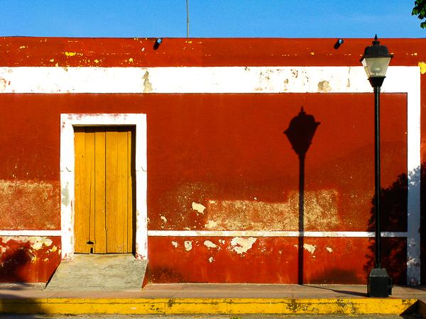 Red Street Life by Jann Alexander © 2014