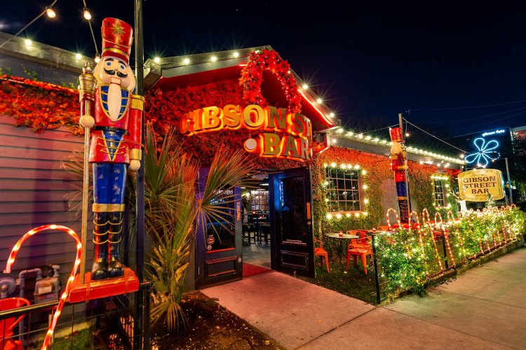 Gibson Street Bar Christmas