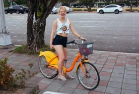 Nicole and her sweet rental bike