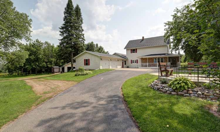 10325 N 60th Ave – Price Reduction