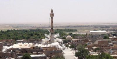 ISIS destroys Iraqi mosque