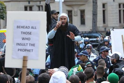 Islamic Riot in Hyde Park 2012