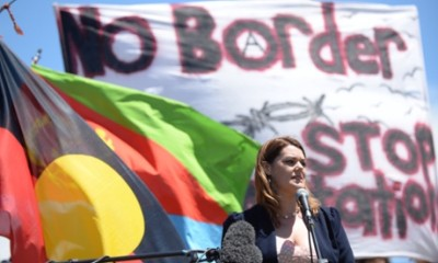 Sarah Hanson Young No Borders