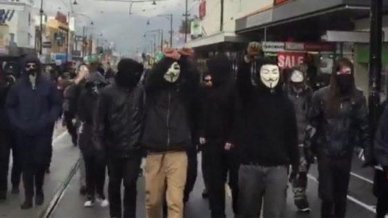 ANTIFA anarchist violent attack in Coburg 2016