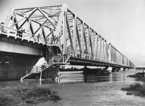 Burdekin Bridge from the banks of the Burdekin River. Ayr, Queensland. 1957.