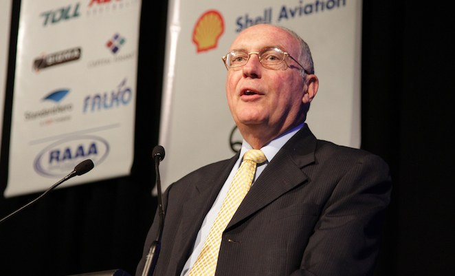 Warren Truss speaks at a recent industry conference.