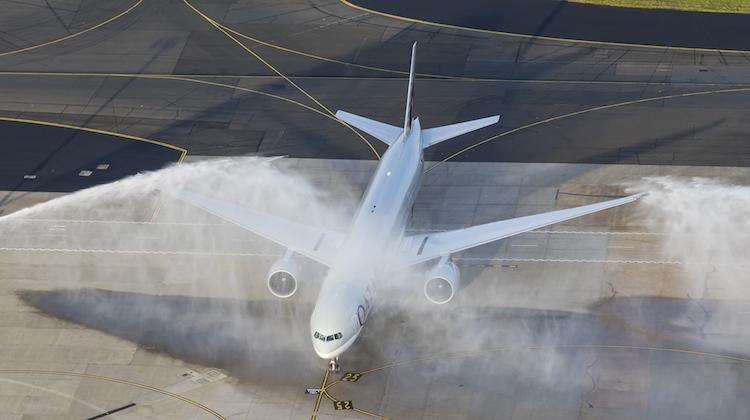 Qatar Airways Boeing 777-300ER A6-BAO receives an ARFF monitor cross after touching down at Sydney Airport. (Seth Jaworski)