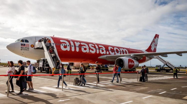 AirAsia X is the first airline to offer international flights from Avalon.(AAP/Mark Dadswell)