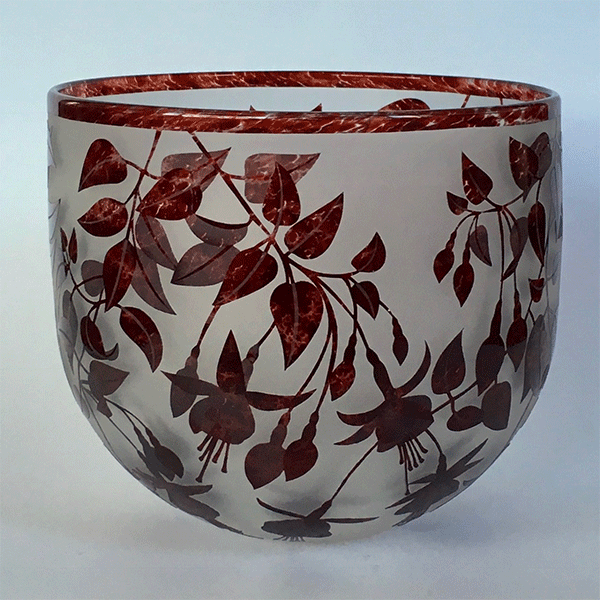 Fuchsia Bowl (red) by Amanda Louden. Blown and etched glass.