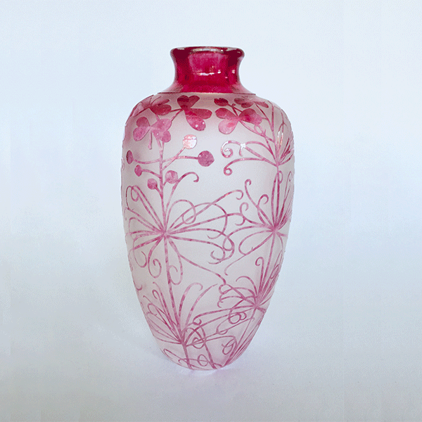 Stylidium Scandens vase by Amanda Louden. Blown and etched glass.