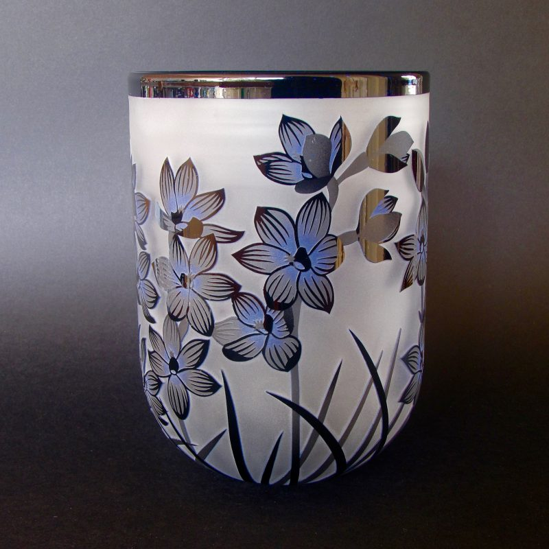 Shirt Orchids - Thelymitra campanulas vessel. Blown and etched by Amanda Louden. H 17.5 x W 12.5