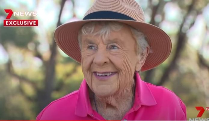 Anne celebrates her 100th birthday with a quick round at her Sydney golf club