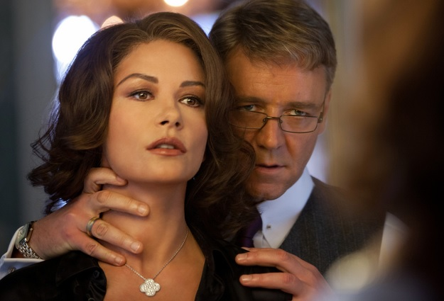 Catherine with Russell Crowe in Broken City, 2013