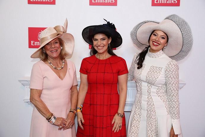 Roslyn, Gretel & Francesca Packer