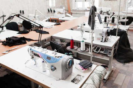 Here's a Quick Guide to Choosing the Right Industrial Sewing Machine