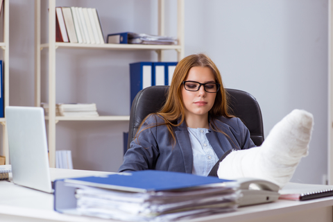4 Things That Happen If You Break a Bone at Work