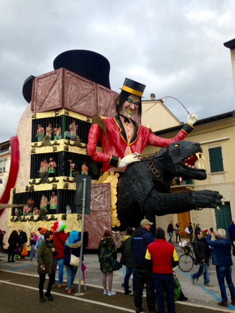 "Sometimes the back of the float was a large surprise; this is the back of the ""Mouth-Float"" - the figure and panther moved."