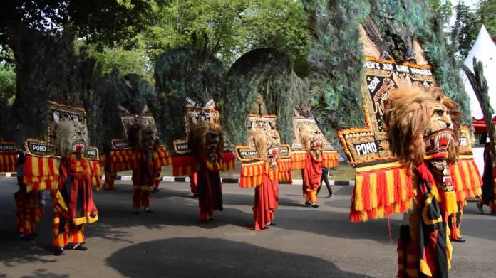 10 Popular Indonesia Traditional Dances Authentic Indonesia Blog
